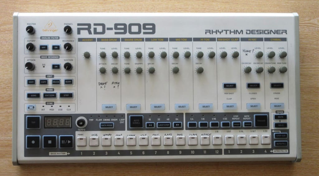 Behringer RD-909