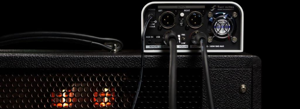 Panel trasero de la caja de carga y simulador de pantalla Captor X