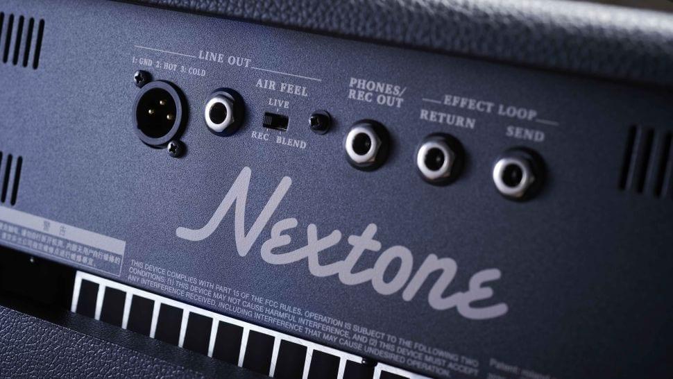 Panel trasero del Boss Nextone Special