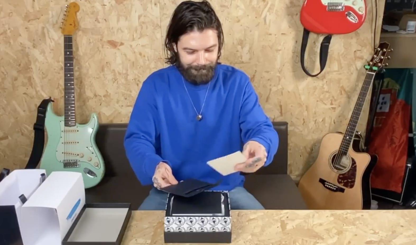 Simon Neil presenta el nuevo pedal