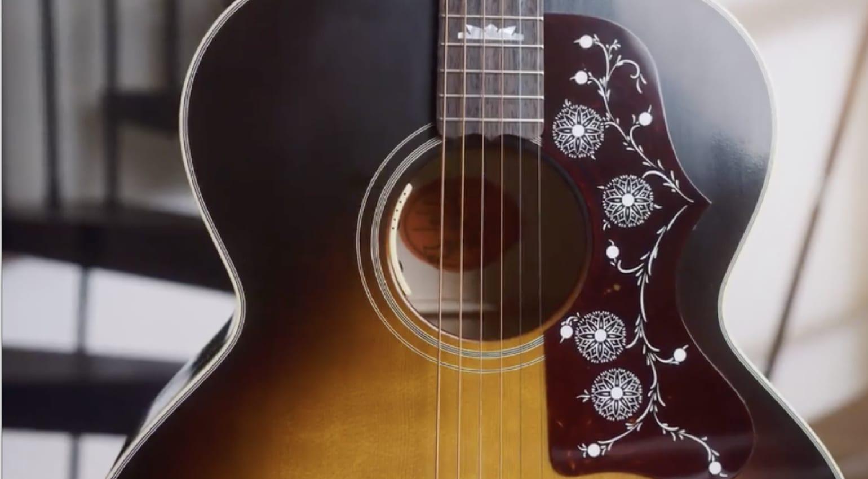 Gibson J-150 anunciada por Noel Gallagher en Instagram